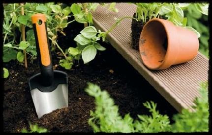 nářadí Fiskars pro Vaši zahradu